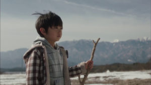 佐藤瑠生亮 jako Takumi w filmie Sayonara Bokutachi no Youchien さよならぼくたちのようちえん